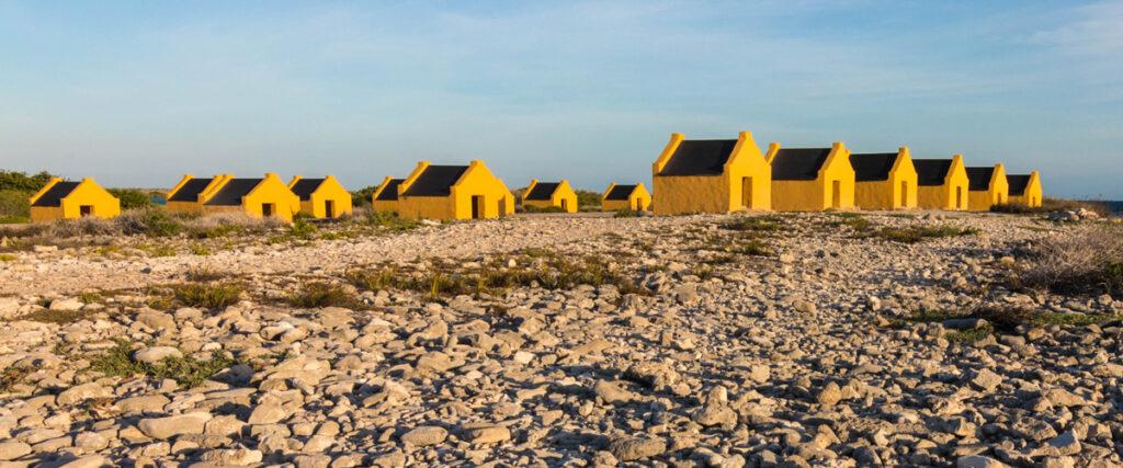 Gele slavenhuisjes van Bonaire