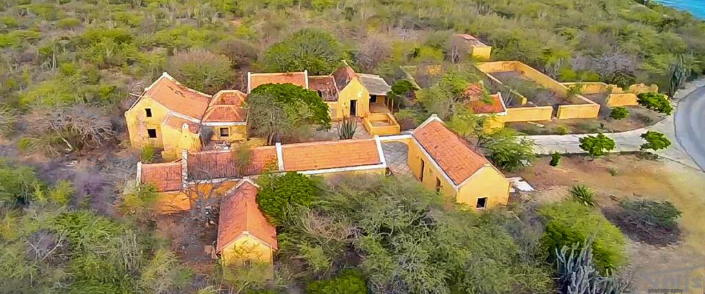 Landhuis Karpata Bonaire van boven