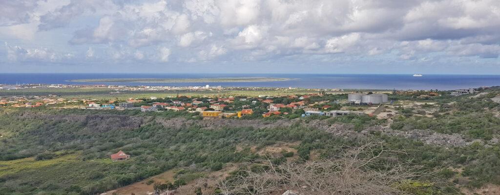 Rincon met op de achtergrond Klein Bonaire