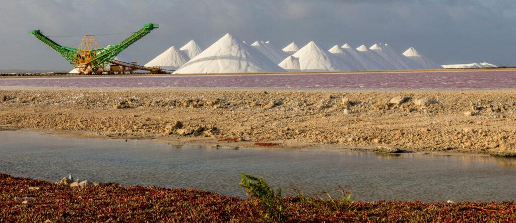 Zoutbergen zoutpannen Bonaire
